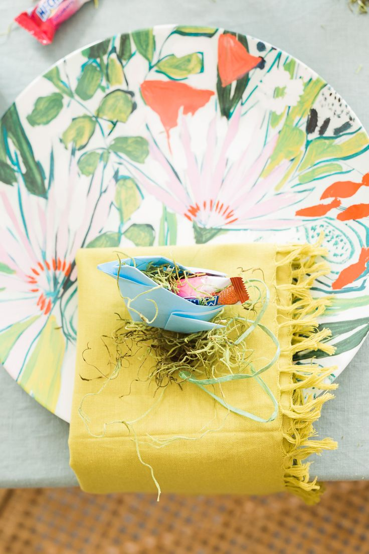 DIY: origami candy chick
