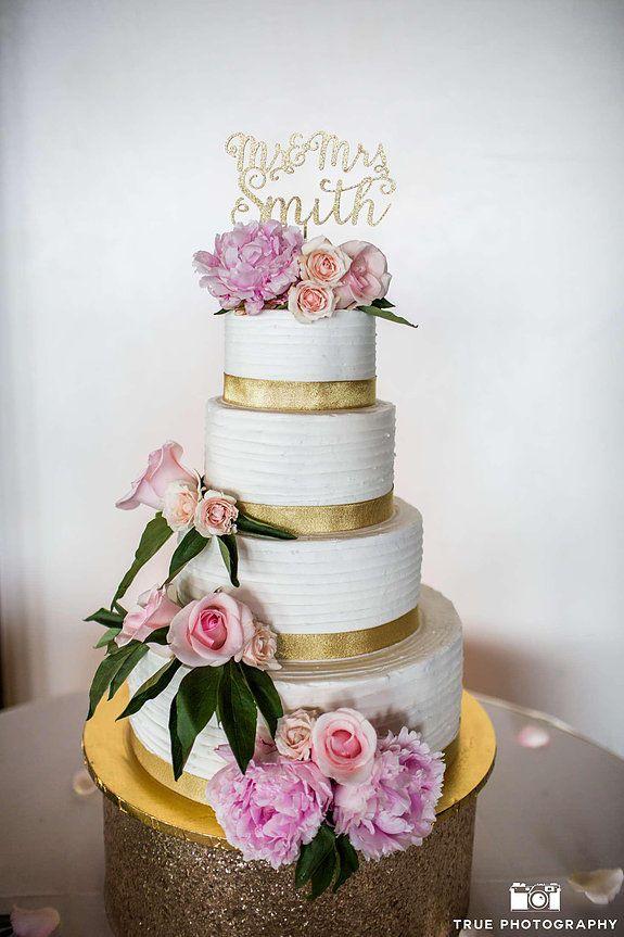 Wedding Cake, Beach Wedding, Cake Flowers, Bride and Groom, San Diego Wedding, Tom Ham's Lighthouse
