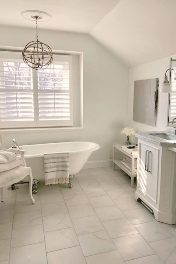 Traditional Style Bathroom Vanity Design Inspiration In 2020