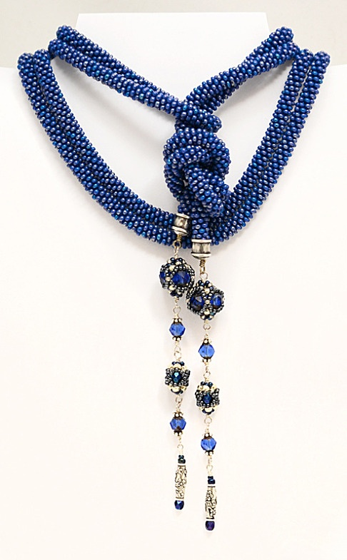 bead crochet rope necklace - NOT A TUTORIAL, JUST AN IDEA