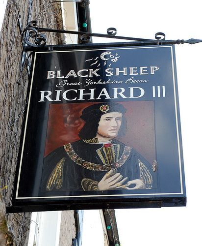 King Richard III Pub Sign by Red~Cyan (Pro), via Flickr