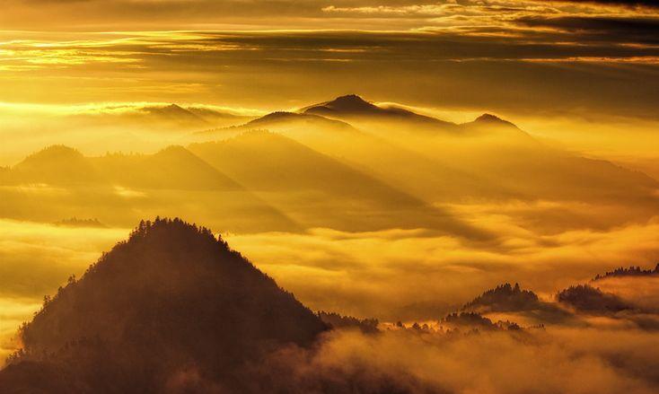 Wow! Breathtaking view of the Pieniny Mountains!