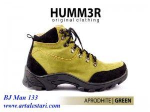 Sepatu Semi Boot Casual Pria  Kontak Kami: Holine / SMS : 081315979176 BBM : 224A1F27