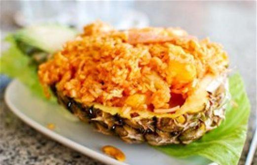 Συνταγή Τηγανιτό ρύζι με ανανά: Ένα γευστικό ρύζι στο τραπέζι σας που θα σας ξετρελάνει. Συνταγή : Δημήτρης Σκαρμούτσος. Μερίδες : Για 4 άτομα. Απαιτούμενος Χρόνος : Περίπου 40΄. Βαθμός Δυσκολίας : Εύκολη. Υλικά 3 φλ. καστανό ρύζι basmati για εξωτικές συνταγές 3 κ.σ. σόγια σως ½ κ.γ. τζίντζερ σε σκόνη ¼ κ.γ. αλάτι[...]