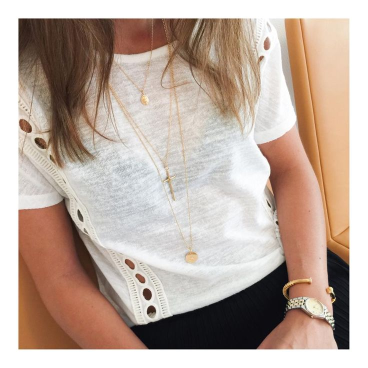 Golden necklaces >> http://www.janekoenig.com/necklaces.html