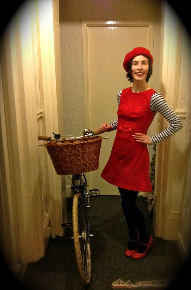 #SewingFrancoise  Including my bicycle! Pattern by @TillyButtons