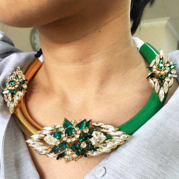 It's starting to look a lot like christmas.  Emerald @shourouk necklace available on kravelist.com/concierge