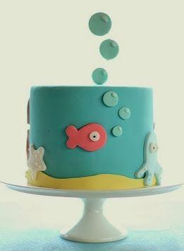 Dale una mirada a estas fotos de pasteles para fiestas de niñas o chicas jóvenes que hemos seleccionado para ti. Son preciosos diseños que...