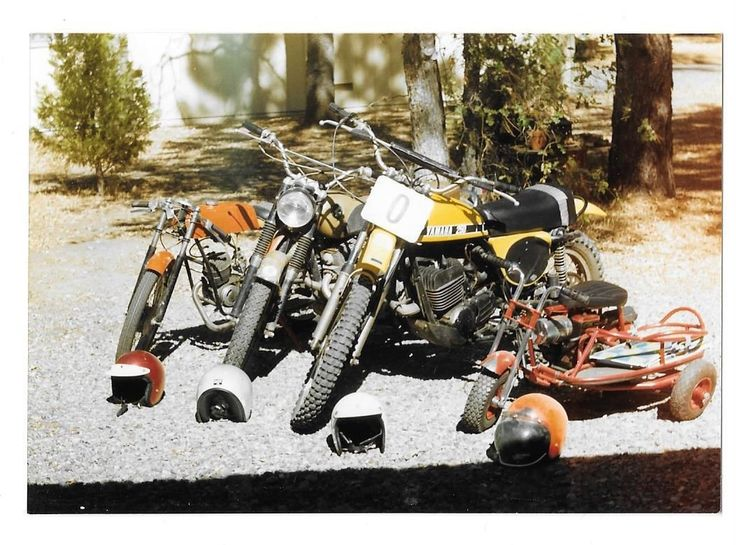 Vintage Old 1970's Color Photo Yamaha 250 Dirt Bikes Motorbikes Scooter Helmets | eBay