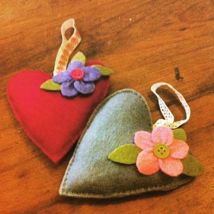 decorative hanging hearts £2.50 each , most colour schemes available, pm me to order x