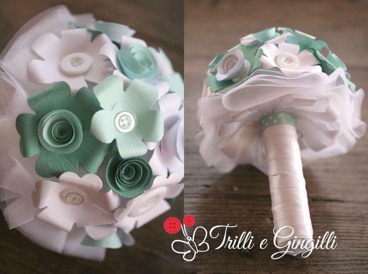 Mini bouquet con fiori di carta Tiffany - www.trilliegingilli.com - info@trilliegingilli.com (bouquet alternativi, bouquet originali, bouquet particolari, bouquet di carta, bouquet di bottoni)