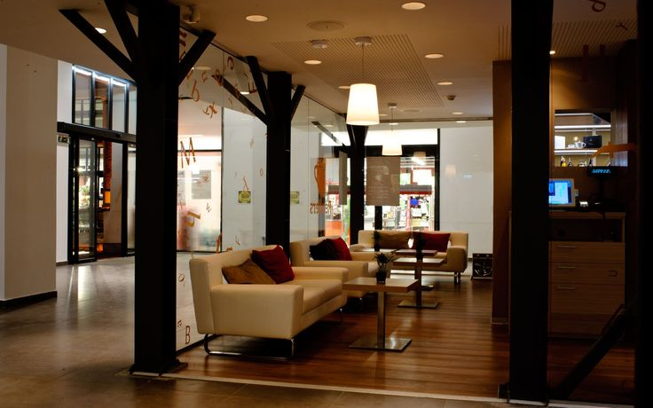 Gallery • Readers Café