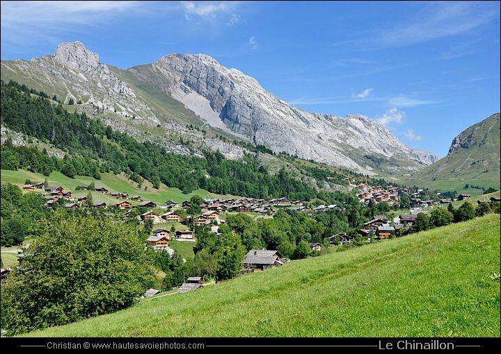 le village Grand Bornand Chinaillon en été