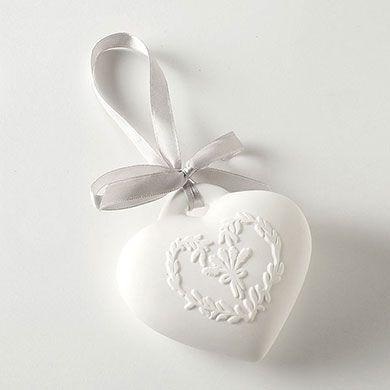 Fresh Cotton Scented White Ceramic Heart