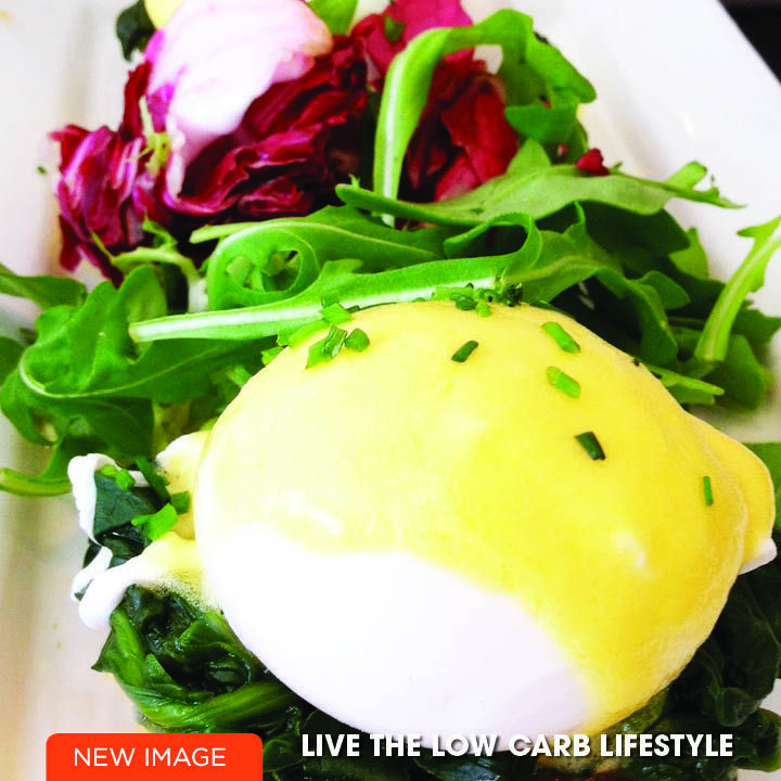 Low Carb Breakfast, so yummy! Eggs Benedict!