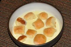 Dukatove buchticky s kremem Dukat sweet bread in vanilla creme pudding