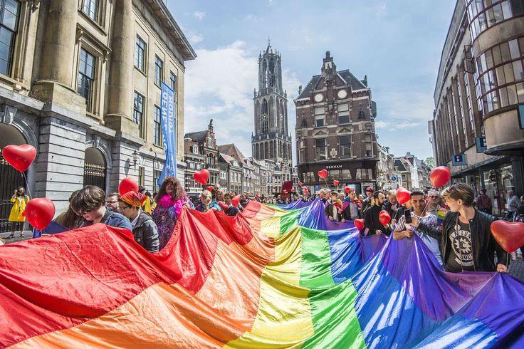 Walk of Love. Utrecht 2017-may.  Photo by Robert Oosterbroek & Bas van Setten