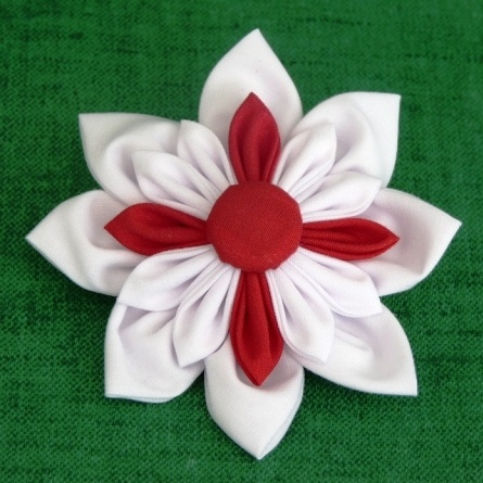 APRIL 2012, St. Georges, England - Brooch for St Georges Day, PaulinesCrafts, £4.50