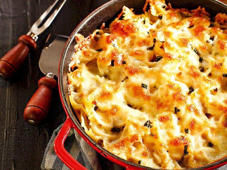 Fırında 4 peynirli makarna