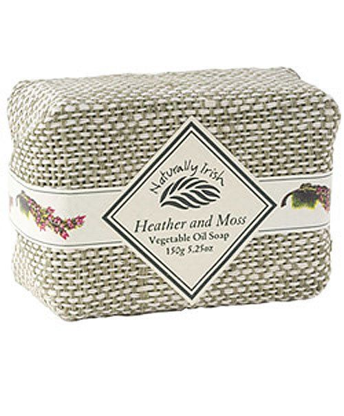 Irish Linen Wrapped Heather & Moss Soap  Amazing heather and moss scent smells fresh and clean! A 4.4 Ounce bar. Not Tested on Animals. Made in Co Wicklow Ireland.