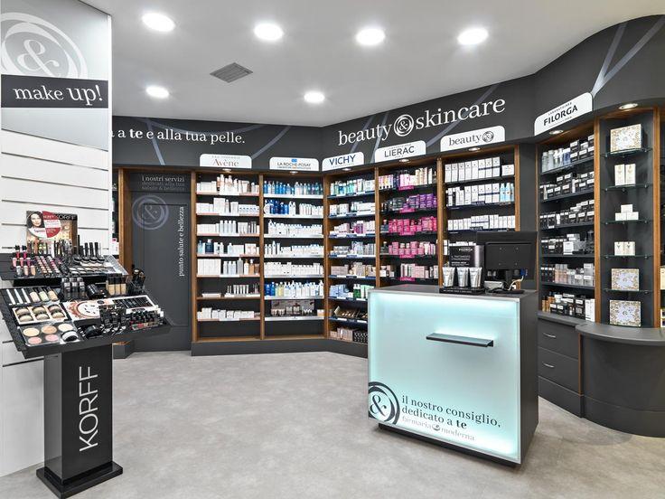Farmacia Moderna Torino, aspetto rivoluzionato senza cambiare gli arredi