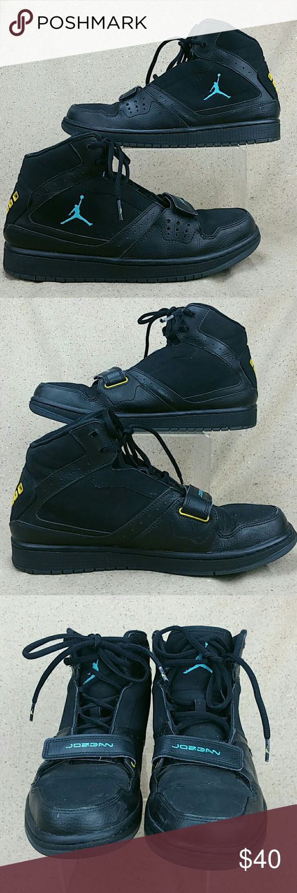 Nike Jordan Flight 1 Basketball Shoes Black M 9.5 These shoes are pre-owned in nice condition. Gentle wear on the outside from use includes creases and scuffs. Slight wear to the bottoms. Look over the pictures carefully before purchasing. Nike Shoes Athletic Shoes