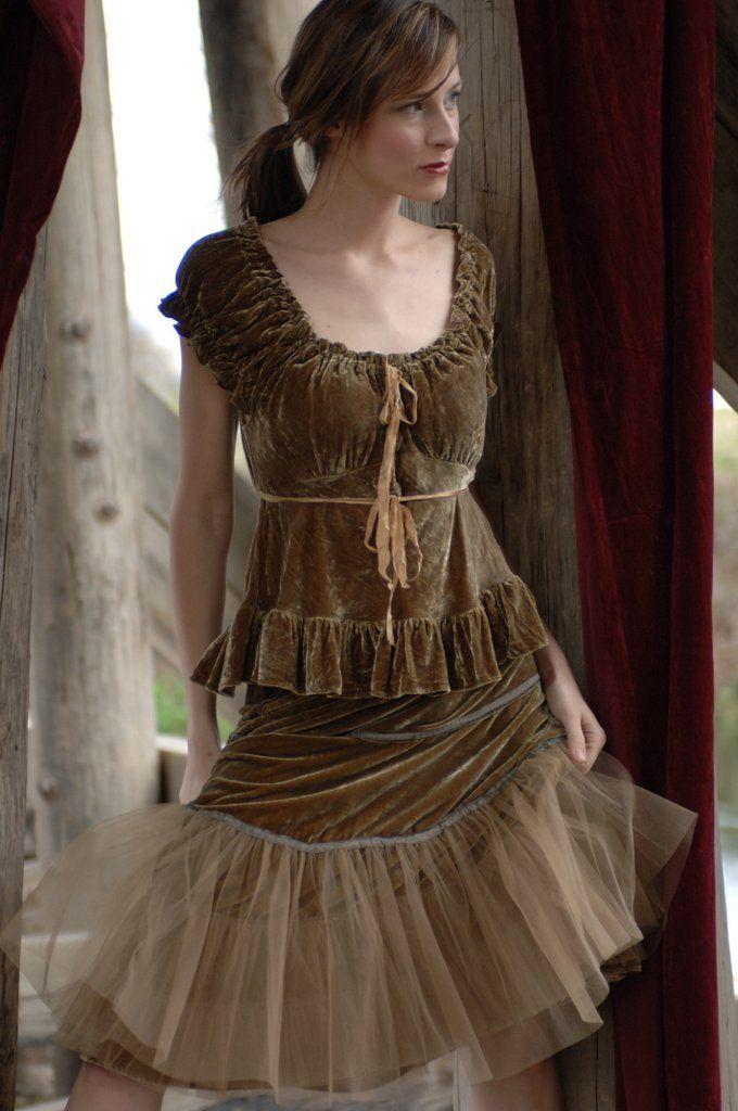 Tulle/velvet skirt from Marrika Nakk
