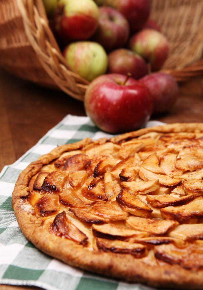 Appeltaart met vanille-ijs en slagroom - recept met Jonagold OER-fruit