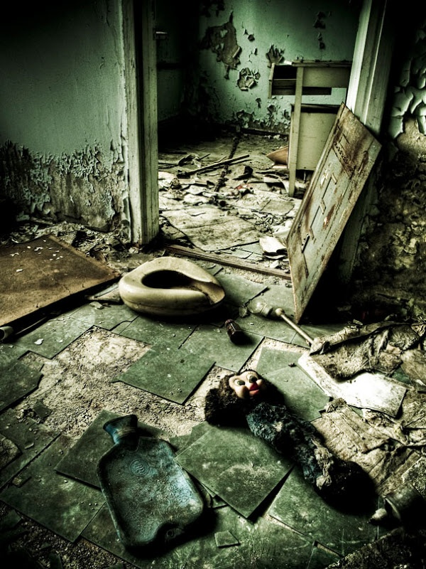 Chernobyl Today: A Creepy Story told in Pictures | Village Of Joy