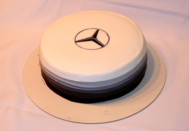 This is my 3rd mercedes benz cake its covered with for Mercedes benz cake design
