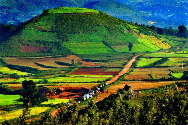 Araku Valley, Andhra Pradesh. It never ceases to amaze me how beautiful India is. I keep stumbling upon great finds in India. The potential for tourism in India is endless.