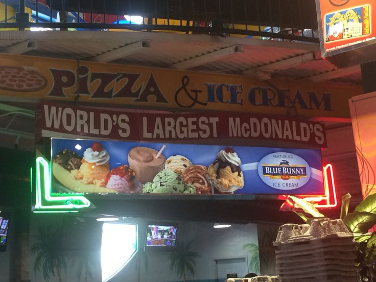 World biggest McDonald - Orlando