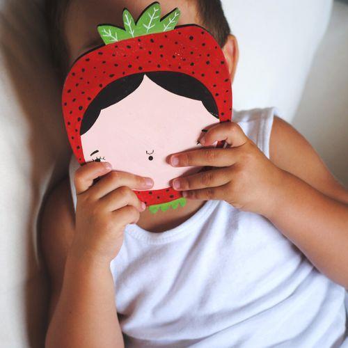 Niña-fresa