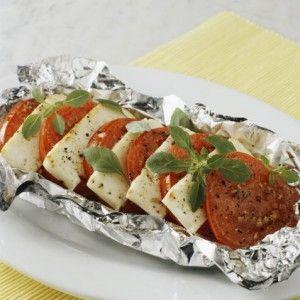 Χαλούμι ή κατσικίσιο τυρί ψητό με ντομάτα