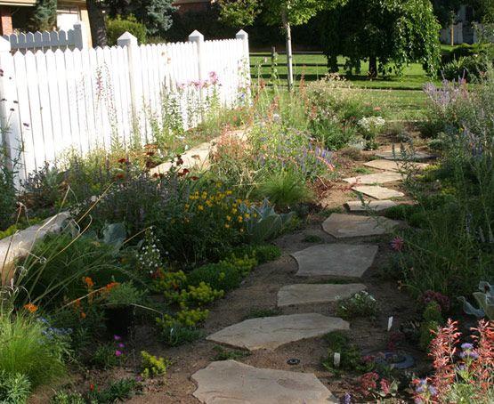 Stone path: Front Gardens, Front Yard Gardens, Frontyard Gardens, Gardens Paths, Side Yard, Stones Paths, Fine Gardens, Gardens Pathways, Gardens Step Stones