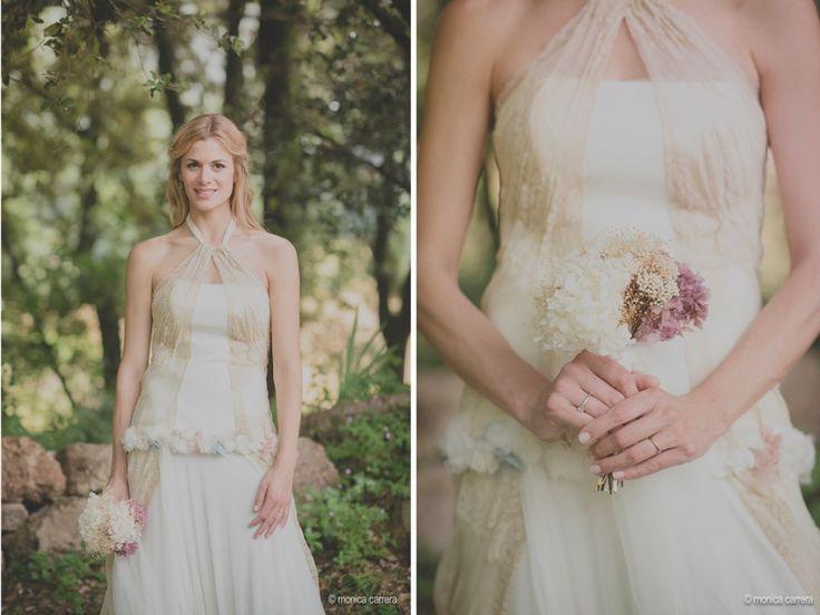 Una Boda con un estilo rústico y campestre. | ramo de novia/ ramo de flores secas/ ramo hanmade / vestido de novia/ Raimon Bundó