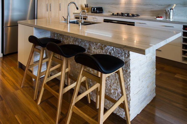 An edgy kitchen design for an apartment in South Wharf. Design collaboration between Sharana by Design and Peter Schelfhout. www.thekitchendesigncentre.com.au @thekitchen_designcentre