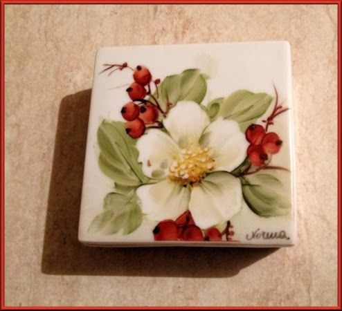 Scatolina natalizia in ceramica