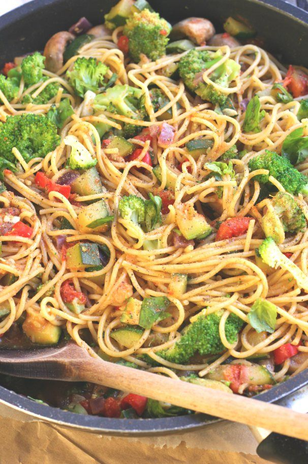 Healthy Pasta Primavera: Broccoli, Chopped red onion, Minced garlic, Mushrooms, Chillis, Zucchini, Vegetable broth, 1 Can chopped tomatoes, Chopped fresh basil, 1/3C Nutritional Yeast, Salt & pepper, Pine nuts