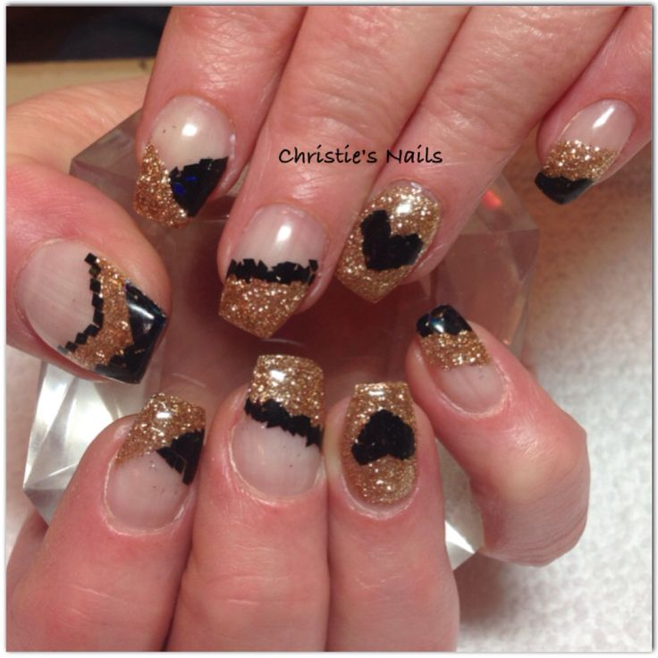 Gold and black coffin nails