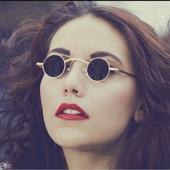 41 Best My Work With Smith Tracey Images On Pinterest: 1000+ Ideas About Women In Glasses On Pinterest