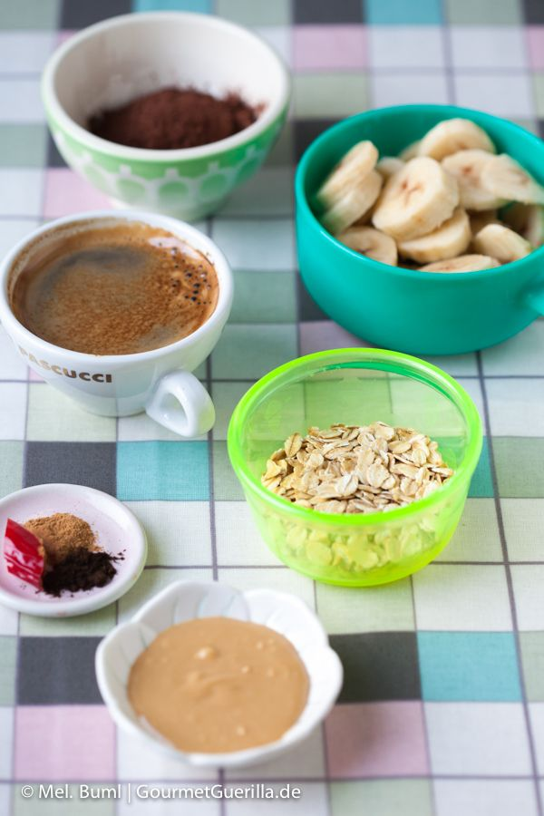 Mexikanischer Schokoladen-Frühstücks-Smoothie. Und 140 leckere Rezepte für Frühstück aus dem Glas. via gourmetguerilla.de