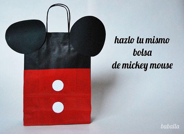bolsa_mickey_mouse_ by baballa, via Flickr