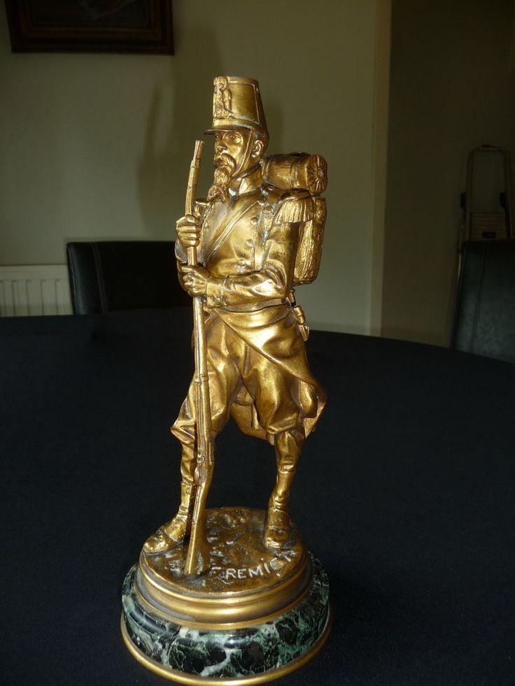 statue soldat fran ais en bronze sign fremiet barbedienne pinterest statue bronze et signes. Black Bedroom Furniture Sets. Home Design Ideas