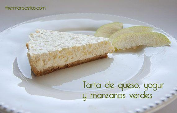 Tarta ligera de queso, yogur y manzanas verdes - http://www.thermorecetas.com/2013/10/21/tarta-ligera-de-queso-yogur-y-manzanas-verdes/