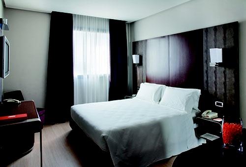 PORTFOLIO STUDIO SIMONETTI: room@THotel Milan #hotelroom #hotelprocjet