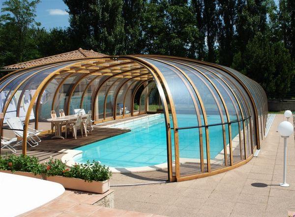 Pool Enclosures Modern Design Options And Types Of Construction Naturschwimmbecken Schwimmbad Designs Gartenpools