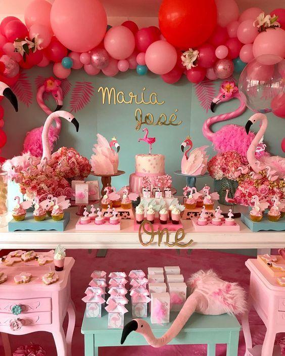 727e953e4 Fiestas decoras en color rosa flamingo
