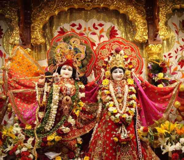 Details          ⋄ About -The Phoenix-area Hare Krishna temple (known as the Bhaktivedanta Cultural Center) was first established in6 by H.G.Dasarath Prabhu and his wife Sandamini Mataji. The two disciples of of Srila Prabhupada (founder of the