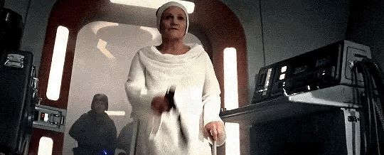 "I loved this part, because that was such a Leia thing to do. ""Poe, you're being a stubborn idiot, now get off my bridge."""
